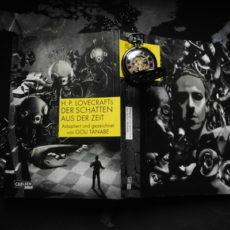 """Coverbild der Carlsenausgabe von Gou Tanabes Lovecraft-Adaption """"Der Schatten aus der Zeit"""""""